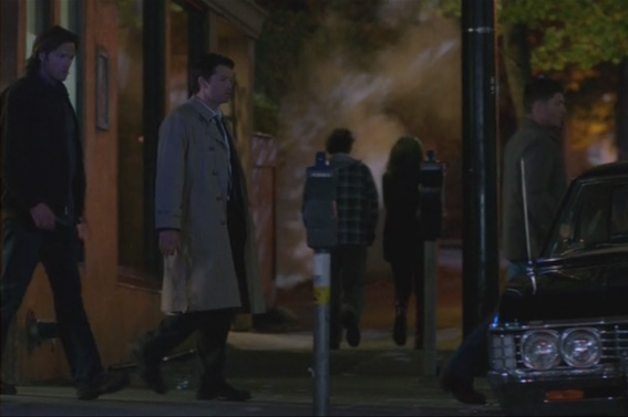 8x08 HH Leaving Orderlys apartment2 SPN1