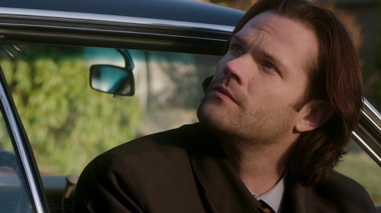 14 12 0736 Sam Looking up to Dean