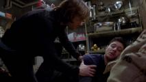 9.13_Sam_Helps_Dean_1120.jpg